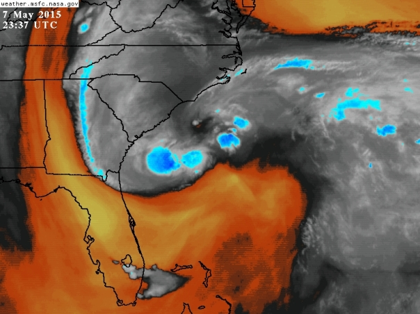 Water vapor imagery from 7:37pm ET.